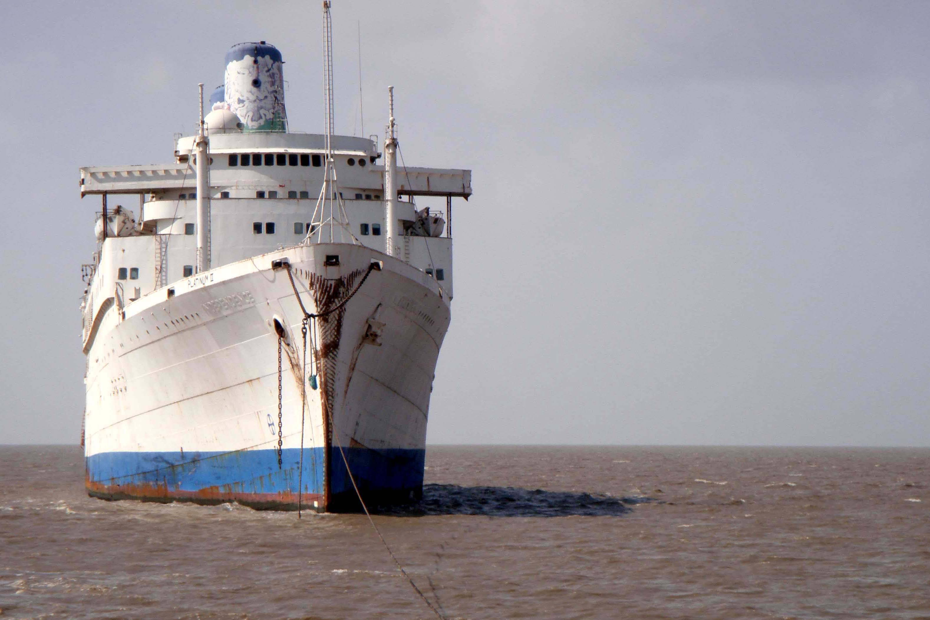 Abestos, ship, Platinum II