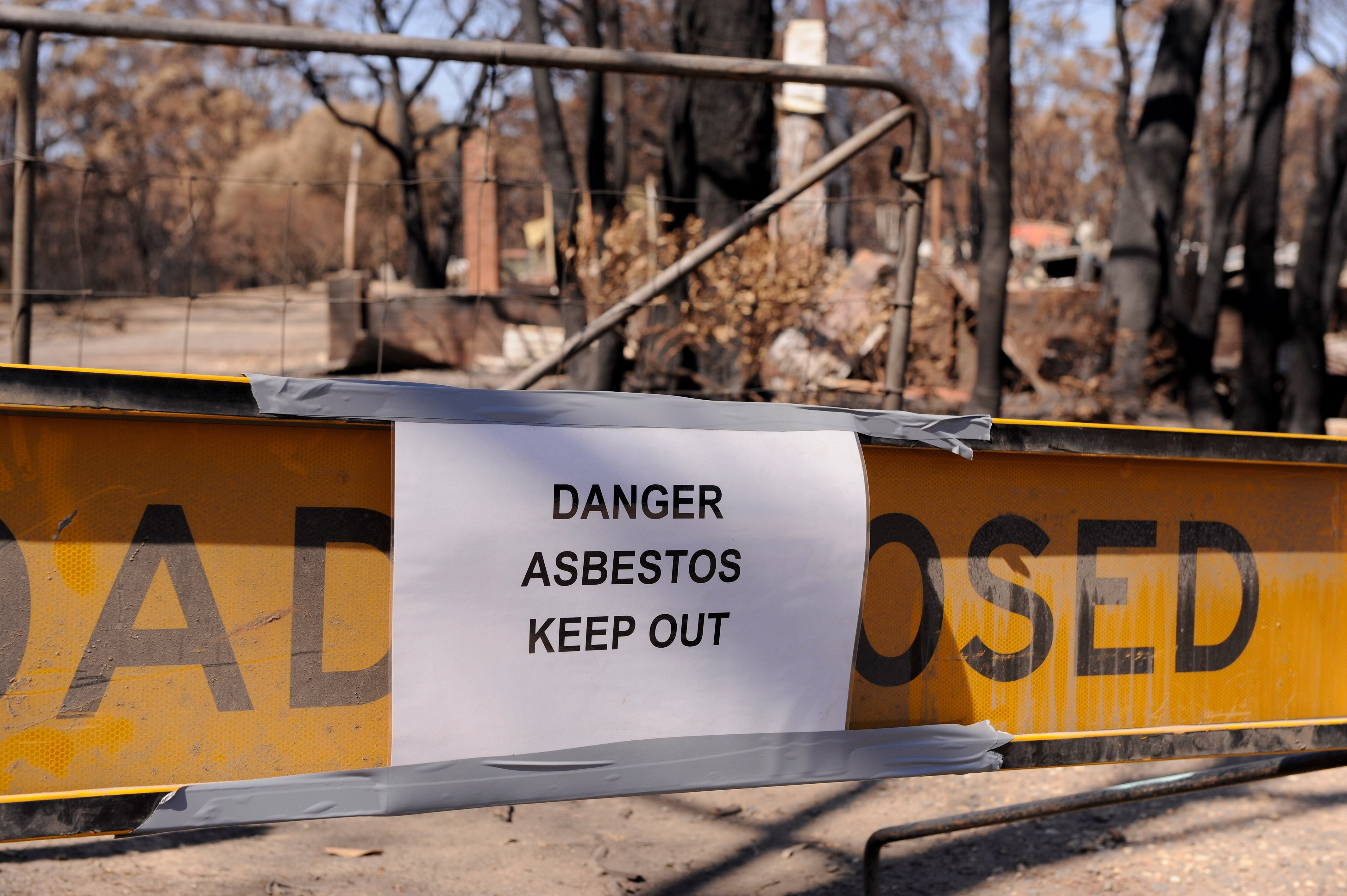 Asbestos, keep out, asbestos deaths