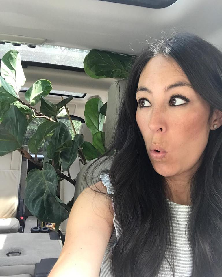 joanna gaines says she learned home design the 39 hard way 39. Black Bedroom Furniture Sets. Home Design Ideas