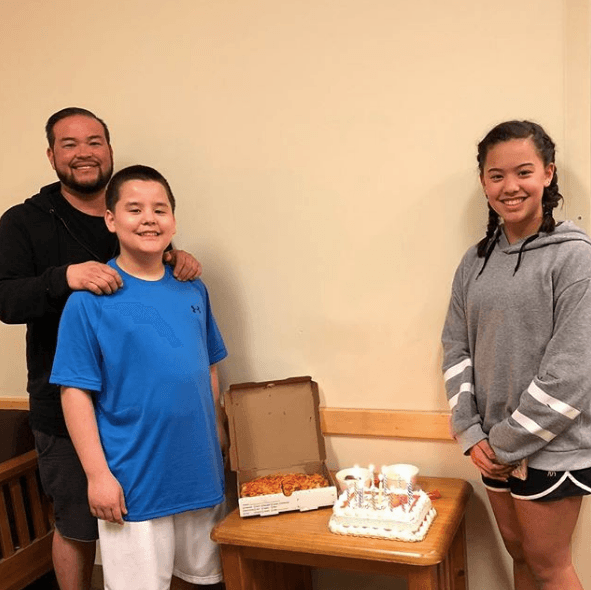 Jon Gosselin with his son and daughter