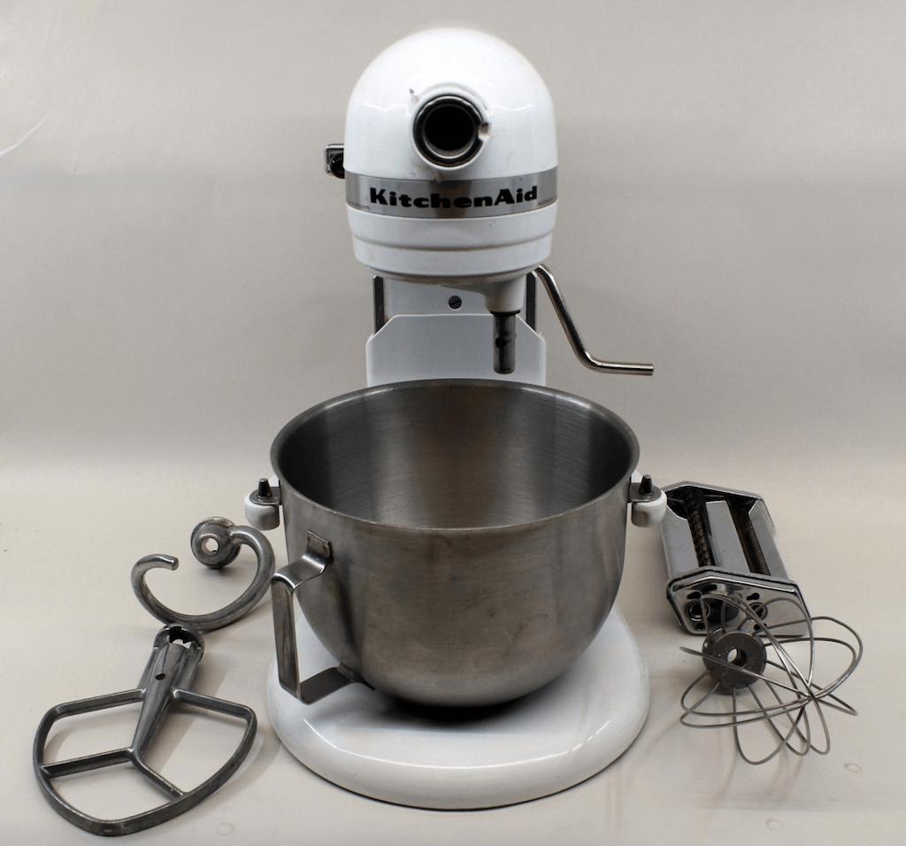 White Kitchenaid Stand Mixer