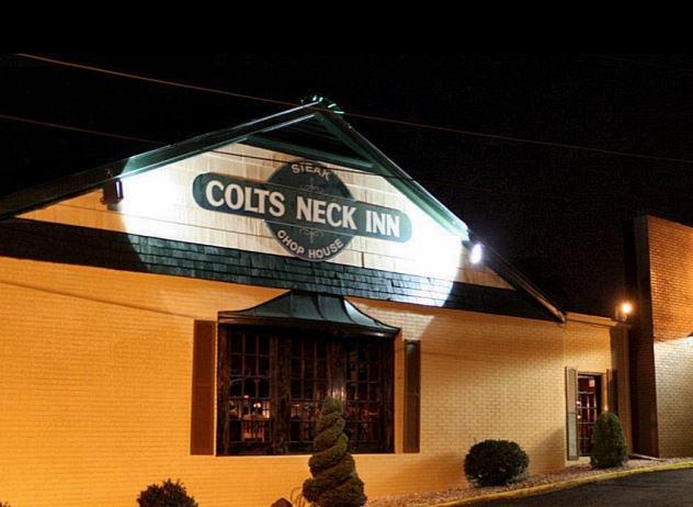 Colts Neck Inn, oldest bars in America