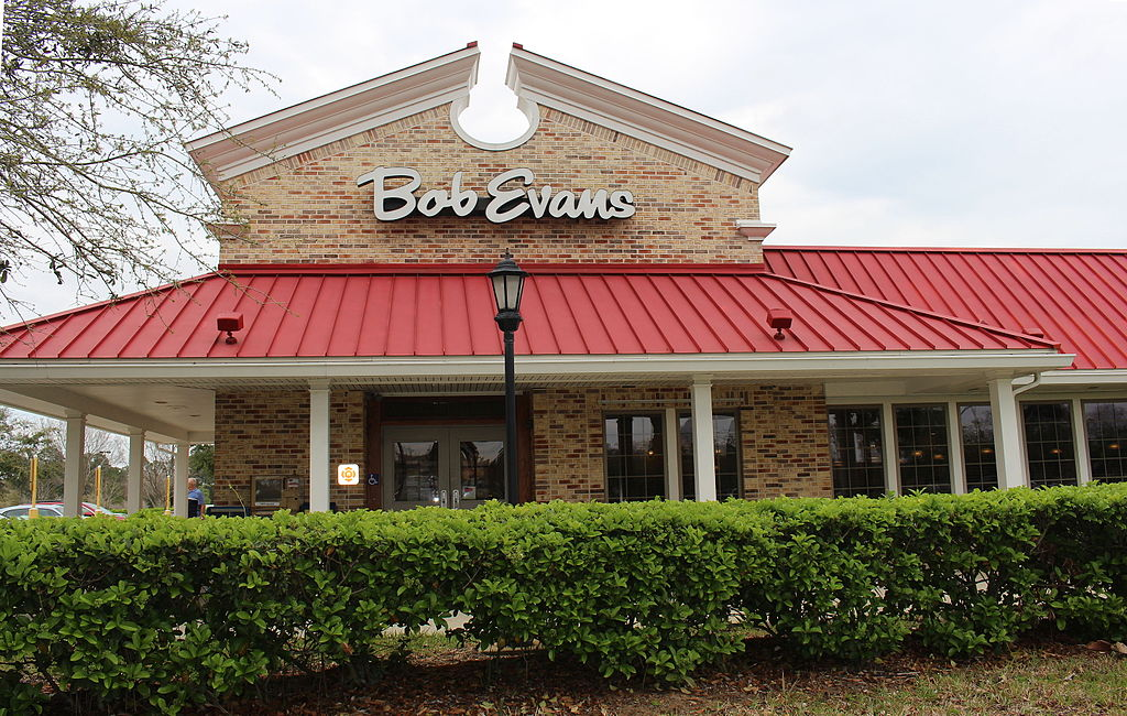 Bob Evans closed restaurants in its own backyard, one reason it's one of America's struggling restaurants.