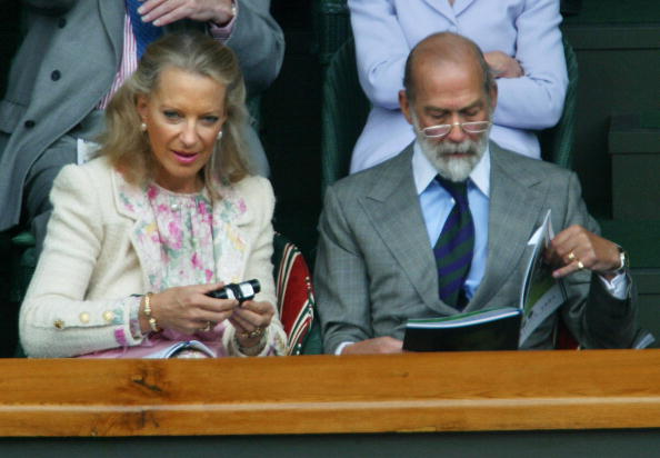 Princess Michael (L) sits with the Duke of Kent as they watch Roger Federer of Switzerland and Mark Philippoussis play their Men's Final match at the Wimbledon