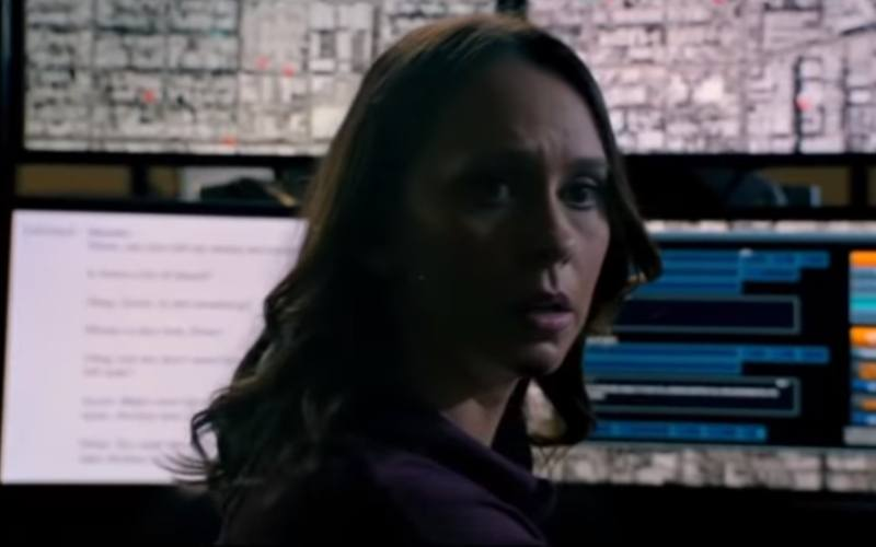 Jennifer Love Hewitt in 9-1-1