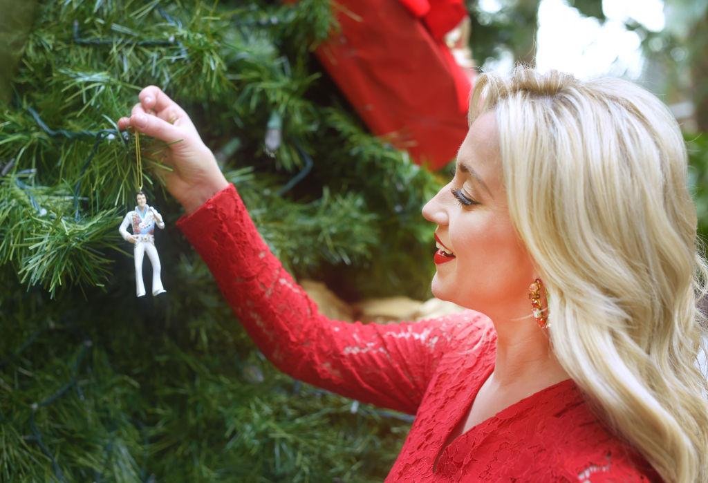 Kellie Pickler Promotes Her Starring Role In Hallmark Channel's 'Christmas at Graceland' at Opryland Gaylord Resort