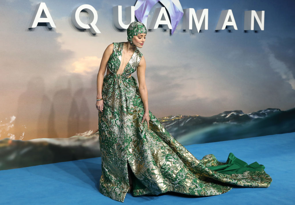 "Amber Heard attends the ""Aquaman"" world premiere at Cineworld Leicester Square on November 26, 2018 in London, England."