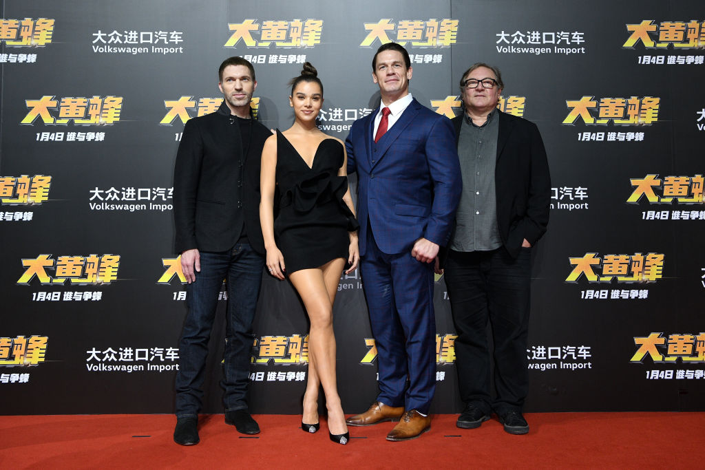 Travis Knight (from left), Hailee Steinfeld, John Cena, and Lorenzo di Bonaventura at Bumblebee's Beijing premiere.