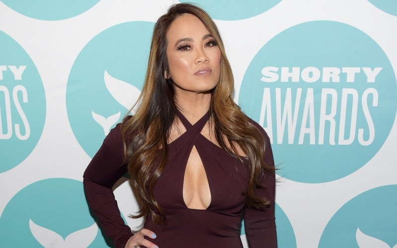 'Dr. Pimple Popper': How Much Money Did Dr. Sandra Lee ...