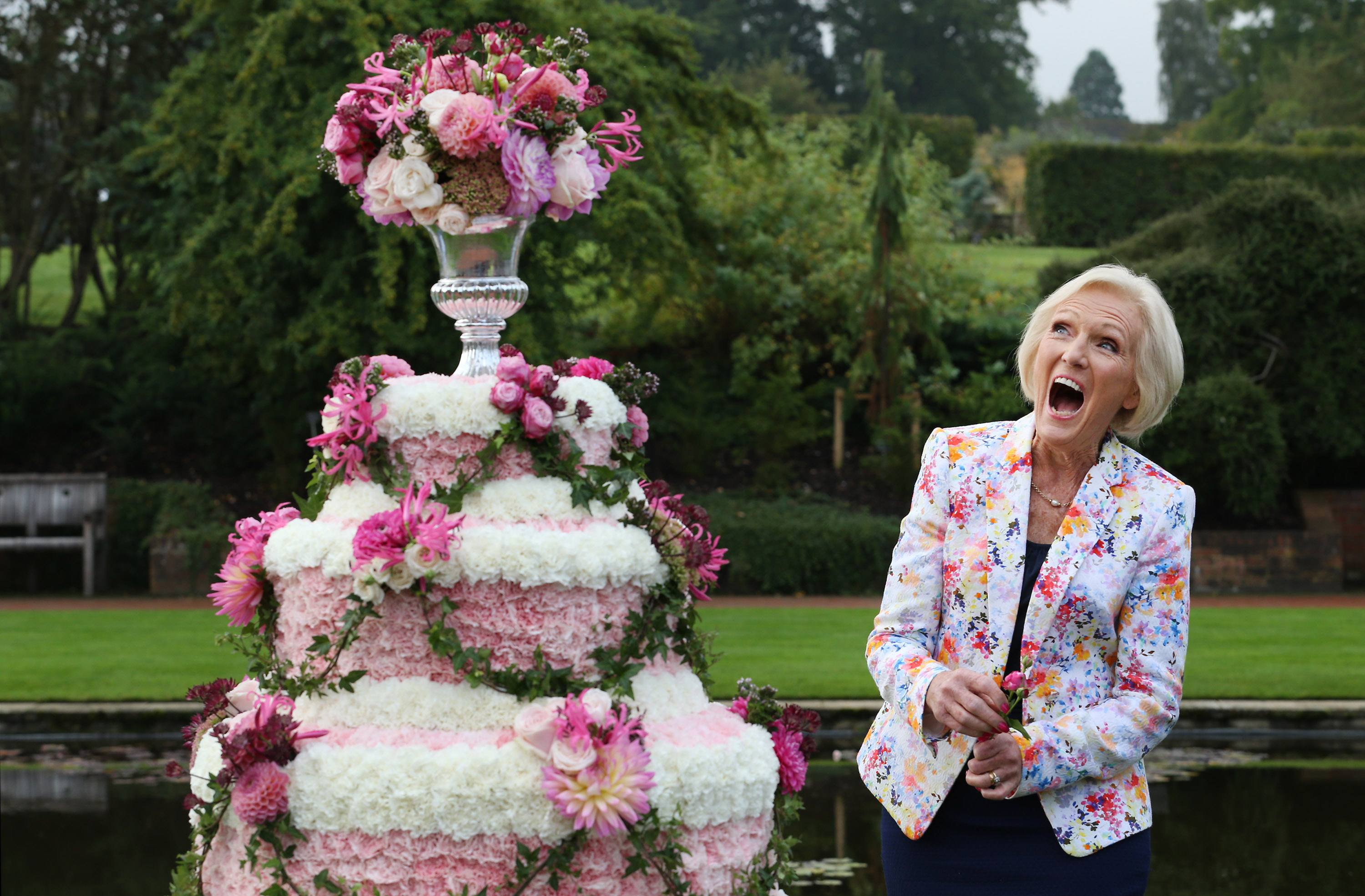 What Is Mary Berry S Age And What Is She Doing After Judging The Great British Bake Off