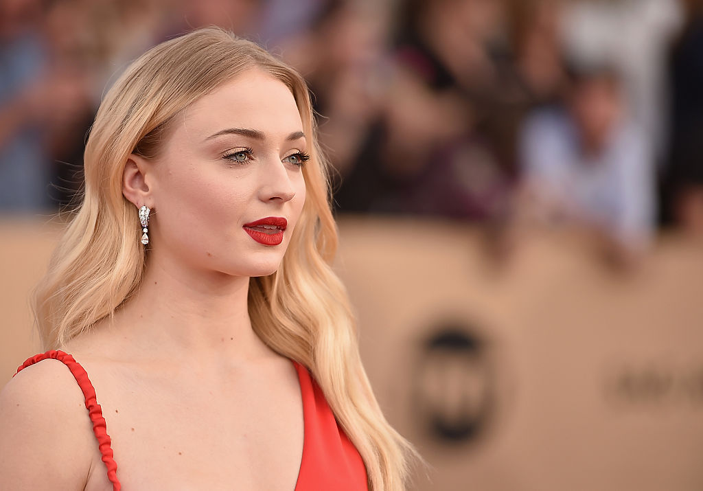 Sophie Turner attends the 23rd Annual Screen Actors Guild Awards at The Shrine Expo Hall on January 29, 2017 in Los Angeles, California.