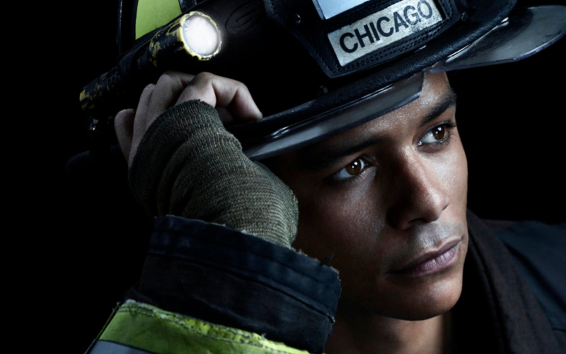 Charlie Barnett as Peter Mills