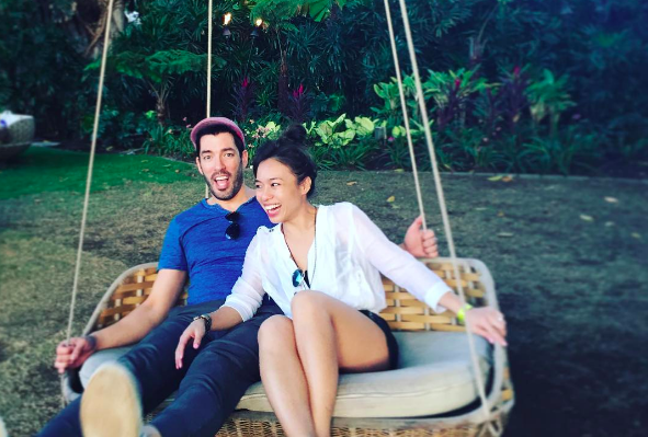 Drew Scott and his wife, Linda Phan