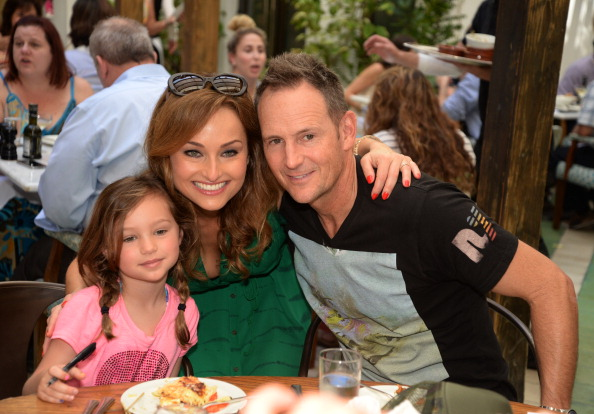 Giada De Laurentiis and Todd Thompson with daughter Jade