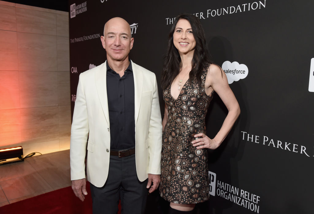 Jeff Bezos (L) and MacKenzie Bezos attend the 7th Annual Sean Penn & Friends HAITI RISING Gala benefiting J/P Haitian Relief Organization on January 6, 2018 in Hollywood, California.