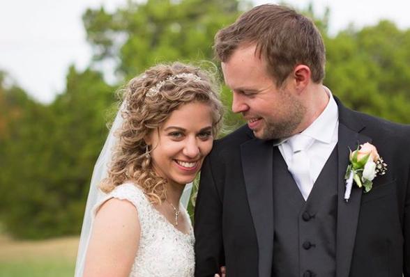 Joy Duggar Wedding Date.One Important Way Abbie Burnett Is Bucking Duggar Tradition