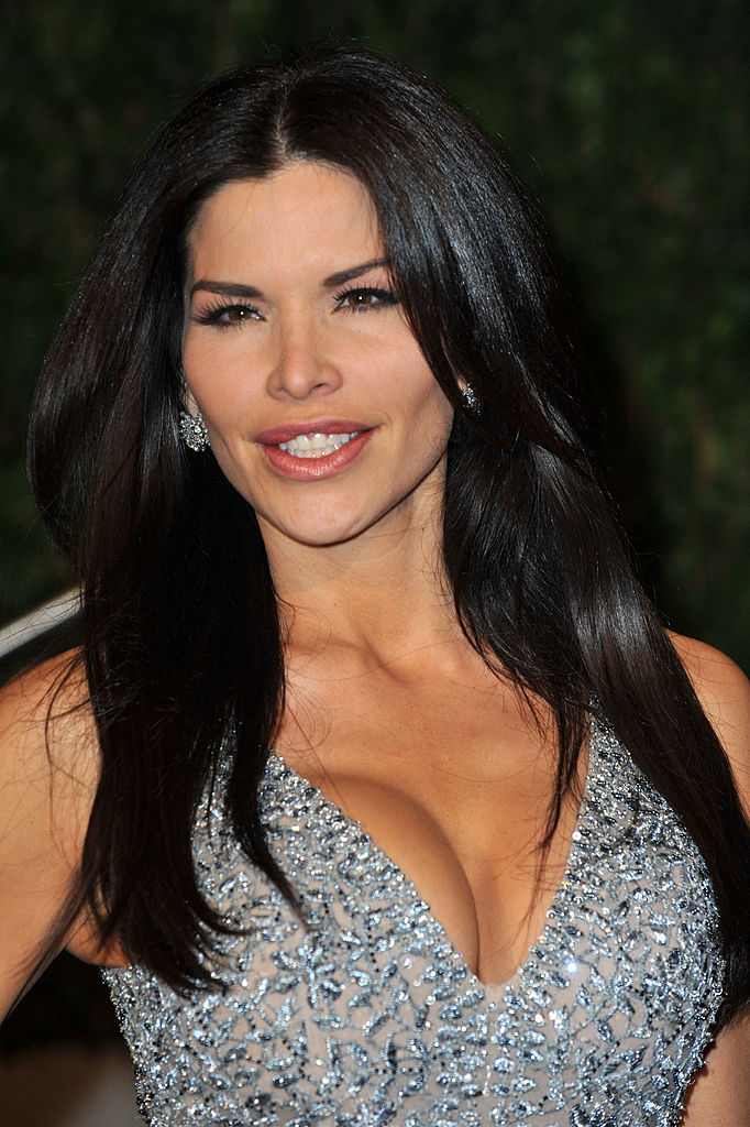 Lauren Sanchez arrives at the 2010 Vanity Fair Oscar Party hosted by Graydon Carter held at Sunset Tower on March 7, 2010 in West Hollywood, California.