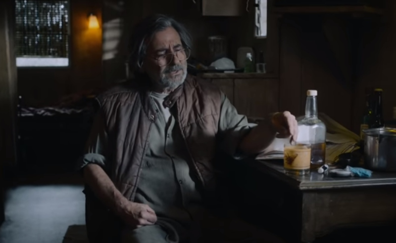Griffin Dunne as Nicky Pearson