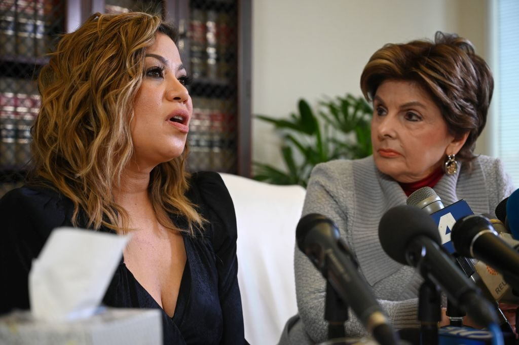 Lizzette Martinez with Gloria Allred |Robyn Beck /AFP/Getty Images