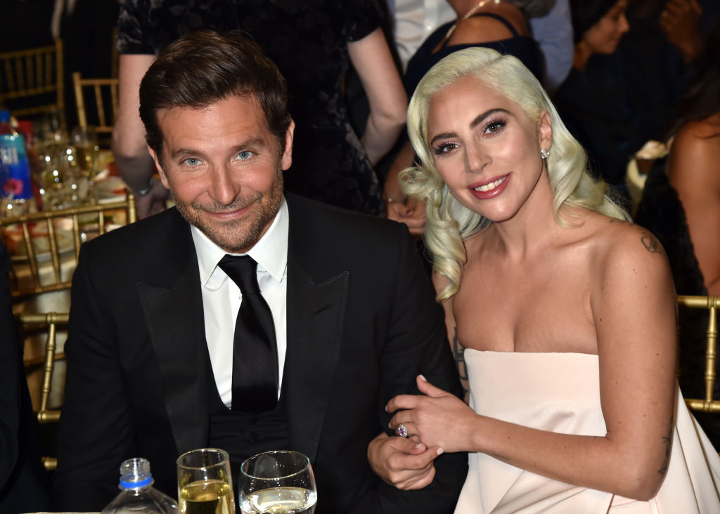 bradley cooper and lady gaga singing shallow live