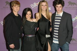 What Is the Cast of 'The O.C.' Worth Today?