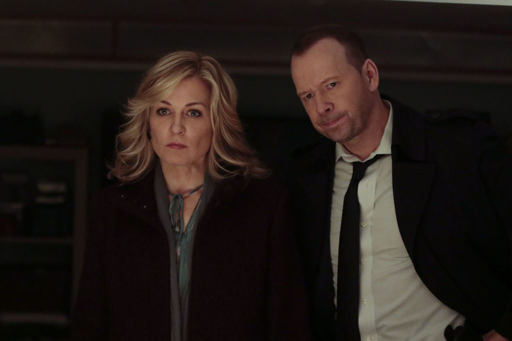 Amy Carlson as Linda with Donnie Wahlberg as Jamie, on Blue Bloods