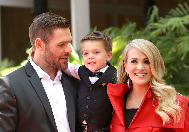 Carrie Underwood Mike Fisher Isaiah