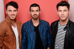 """Fans Are """"Burnin' Up"""" About the New Jonas Brothers Movie, But This Is the Only Way They Can See It"""