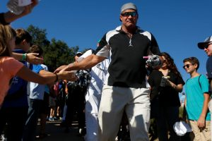 Jose Canseco Wants Everyone to take a Lie Detector Test