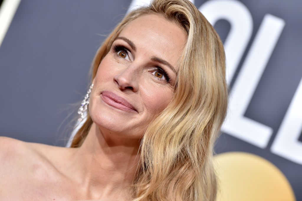 Julia Roberts attends the 76th Annual Golden Globe Awards.
