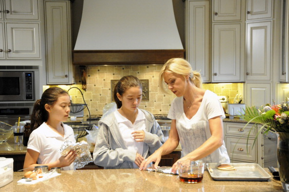 Kate Gosselin with her twins