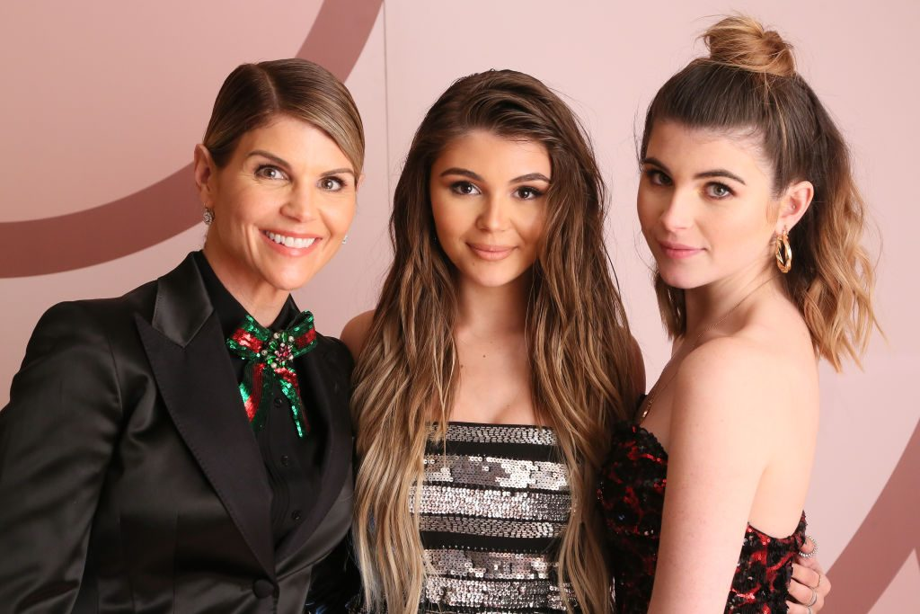 (L-R) Lori Loughlin, Olivia Jade Giannulli and Isabella Rose Giannulli | Gabriel Olsen/Getty Images for Sephora Collection