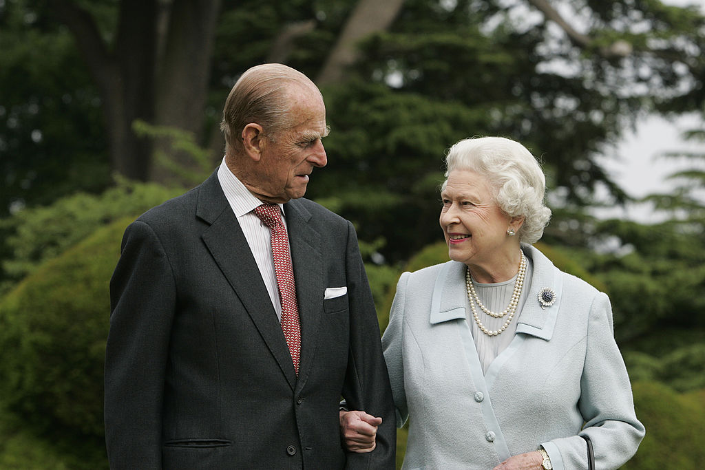Queen to 'stop driving' on public roads after Prince Philip crash