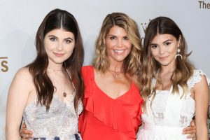 Lori Loughlin's Daughter Olivia Jade's Privileged Comments About College Resurface