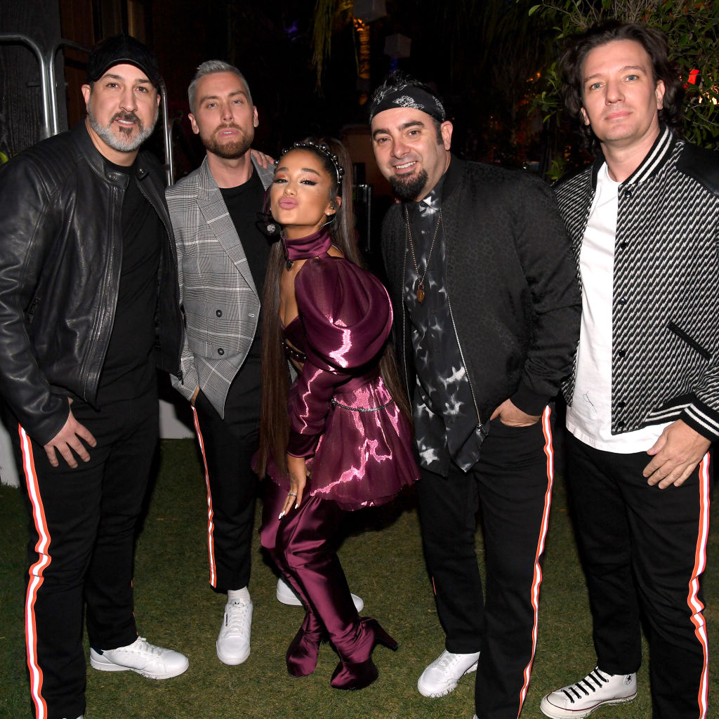 Ariana Grande (C) with members of NSYNC Joey Fatone, Lance Bass, Chris Kirkpatrick, and JC Chasez