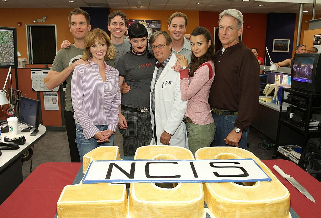 David McCallum with NCIS Cast|John Shearer/WireImage