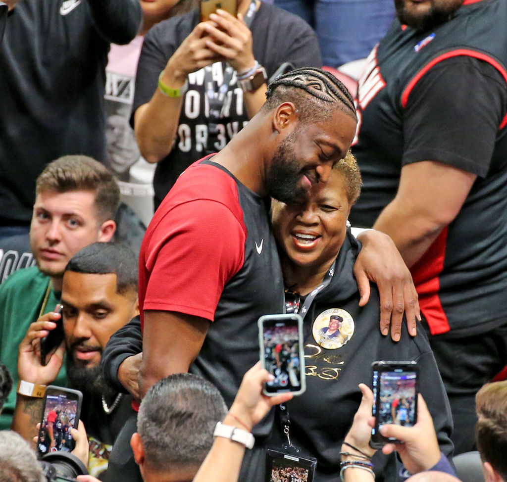 Dwyane Wade with his mom
