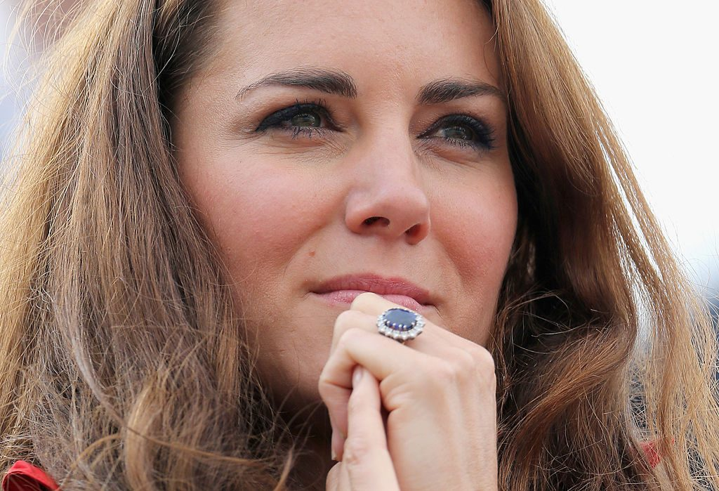 does kate middleton like her engagement ring does kate middleton like her engagement