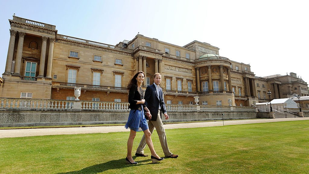 Kate Middleton and Prince William leaving for honeymoon.