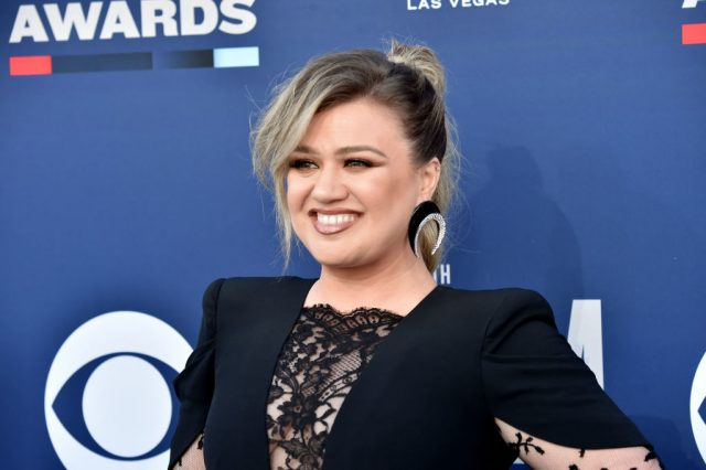 Kelly Clarkson at the ACM Awards