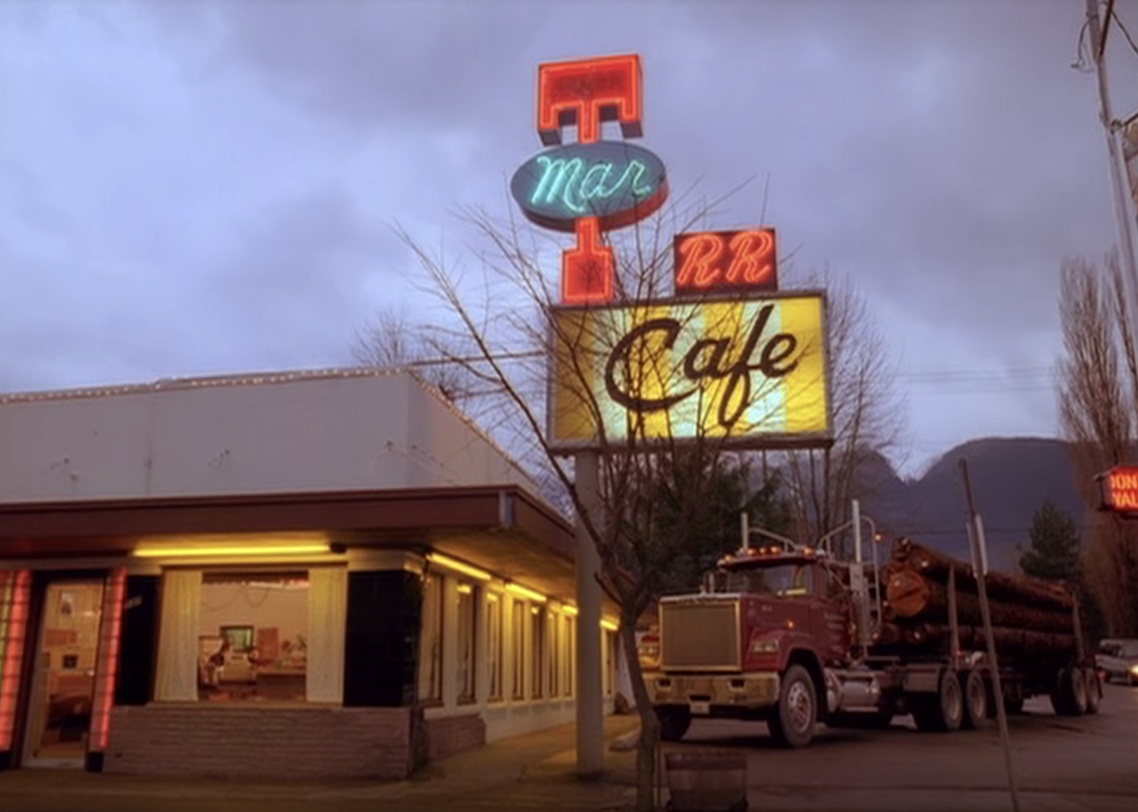 15 Twin Peaks Locations You Can Visit In Real Life