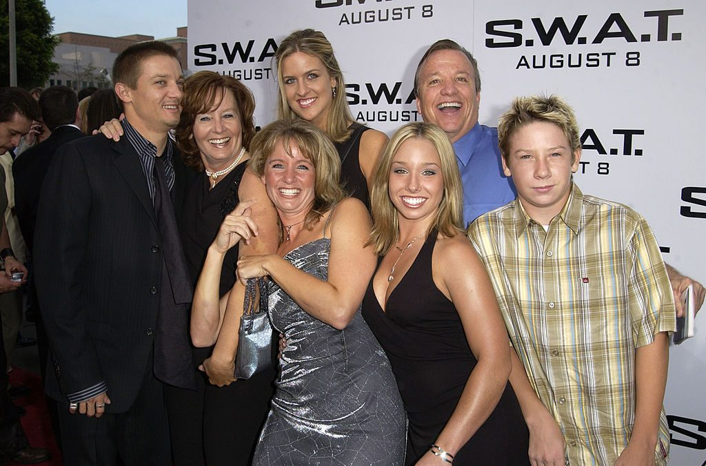 Jeremy Renner and family