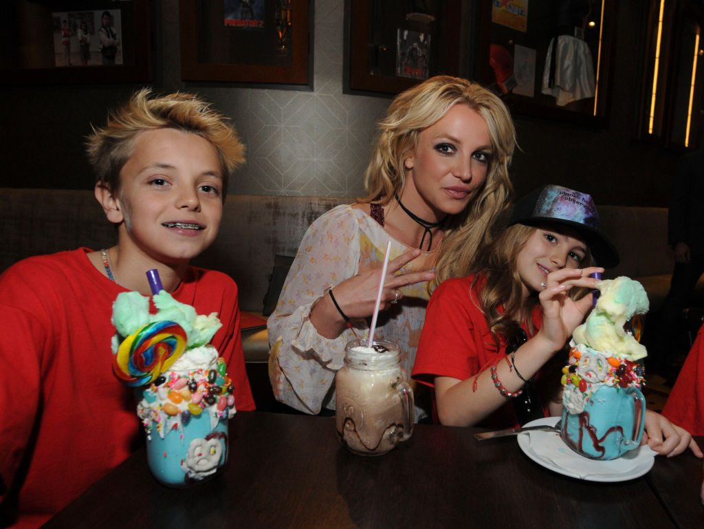 Britney Spears and family| Gerardo Mora/Getty Images for Planet Hollywood Observatory