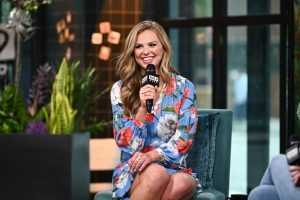 The Bachelorette: Hannah Brown Defends 'The Bachelor' After Harsh Criticism