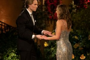 'The Bachelorette': John Paul Jones Gives Hannah B. a Lock of His Hair in Emotional Deleted Scene
