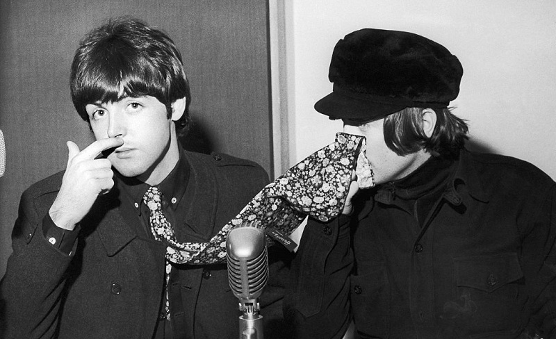 Beatles Paul McCartney and John Lennon