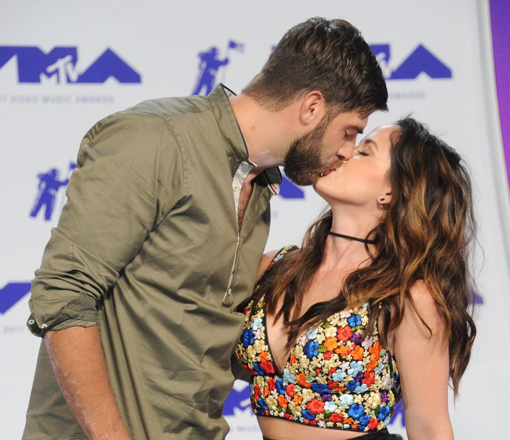 David Eason and Jenelle Evans arrive at the 2017 MTV Video Music Awards at The Forum on August 27, 2017, in Inglewood, California.