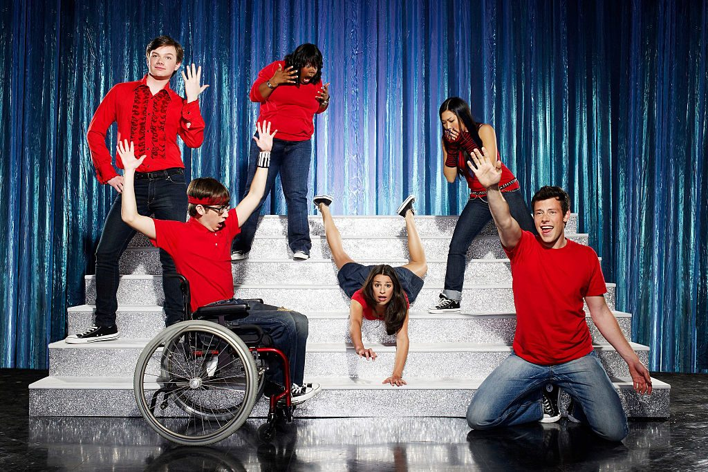 The original members of New Directions from the Glee pilot