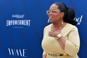Why Oprah Says She's 'Proud' of Meghan Markle's Birth Plan