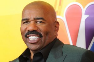 'Celebrity Family Feud': Steve Harvey Couldn't Keep It Together With the Real Housewives of Beverly Hills
